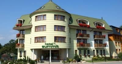 Отель Summit ***